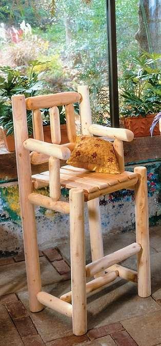 זוג כיסאות בר מעץ עגול