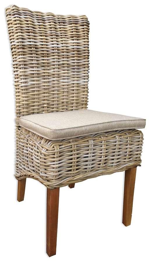 זוג כסאות מעץ טבעי