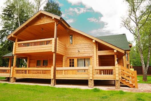 בית עץ למגורים ונופש - בניה בהתאמה אישית